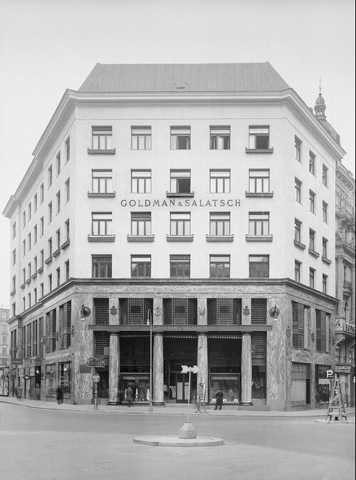 Geschäftshaus Goldman & Salatsch, Wien I., Michaelerplatz 3, Fassade Michaelerplatz