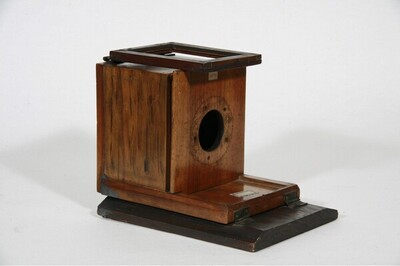 Daguerreotypie-Reisekamera - 7 x 8,5 cm von Anonym