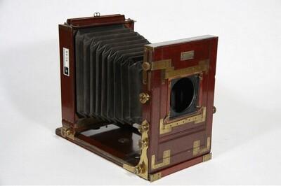 Reisekamera - 16 x 21 cm von Josef Wanaus